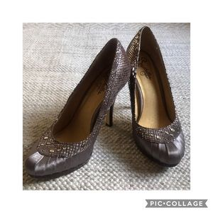 Seychelles Satin Pewter Pumps
